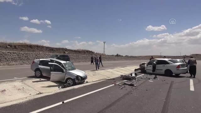 ŞANLIURFA - Siverek'te trafik kazası: 8 yaralı