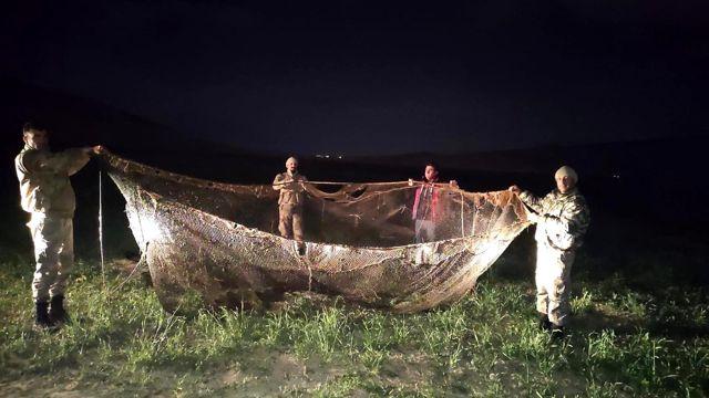 Van Gölü'nde kaçak avlanan 16 bin 200 ton inci kefali ele geçildi