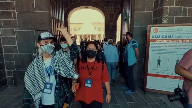 'Yarın Çok Genç Olacak' projesi kapsamında öğrenciler Şanlıurfa, Diyarbakır ve Gaziantep'i gezdi