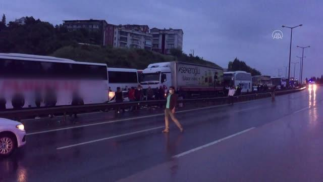 Son dakika haberi | Anadolu Otoyolu'nun Kocaeli kesiminde 21 aracın karıştığı zincirleme trafik kazasında 20 kişi yaralandı (4)