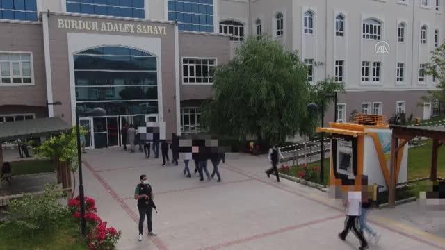 Son dakika gündem: Burdur merkezli FETÖ operasyonunda yakalanan 10 şüpheliden 6'sı tutuklandı
