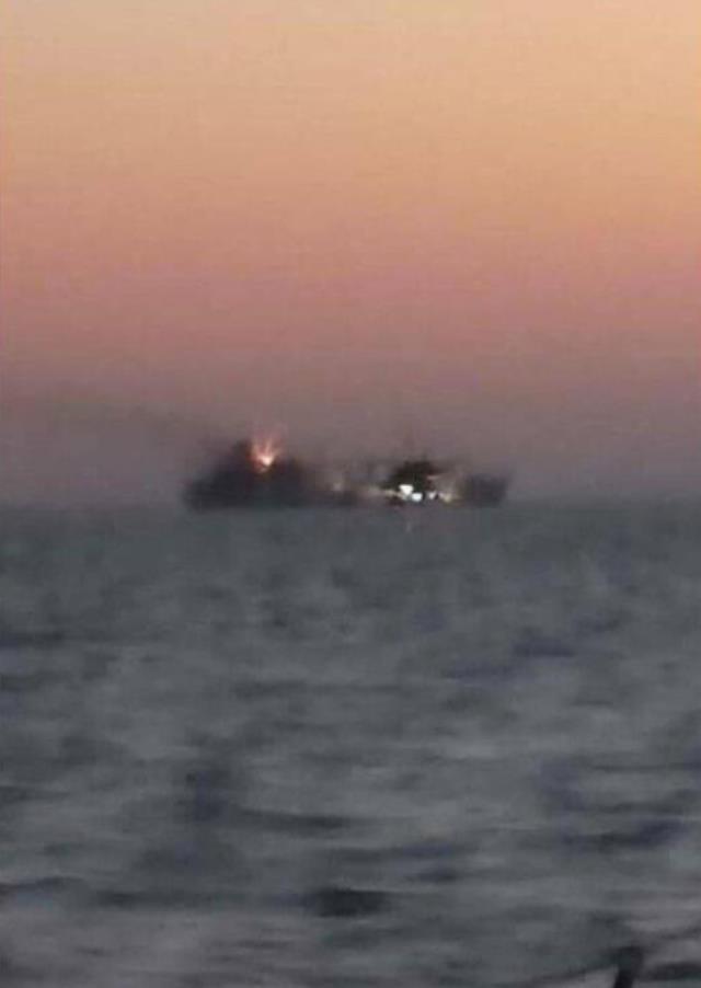 İran'ın en büyük savaş gemisi battı