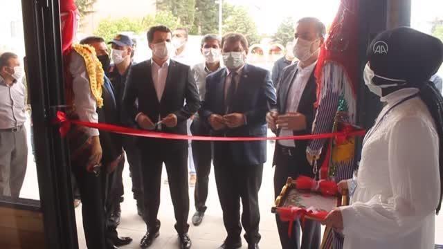 AFYONKARAHİSAR - Dinar'da halk eğitim merkezinin yıl sonu sergisi açıldı