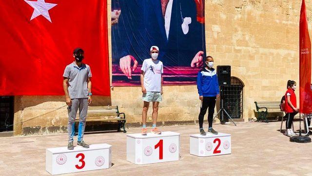 Çaldıran Belediyesinin yetiştirdiği sporculardan Türkiye birinciliği