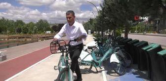 Gölbaşı Belediyesi: Gölbaşı Belediye Başkanı Şimşek, bisiklet kullanımının yaygınlaştırılması için kurulan GÖLBİS'i test etti