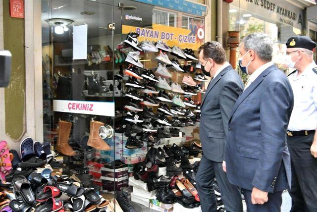 Balıkesir'de Başkan Yılmaz ve Vali Şıldak esnafı ziyaret etti