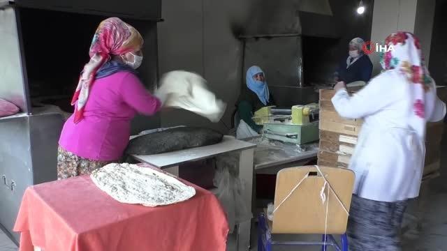 Son dakika haber! Çocuk yaşlarda pişirmeyi öğrendiği tandır ekmeği gelir kapısı oldu