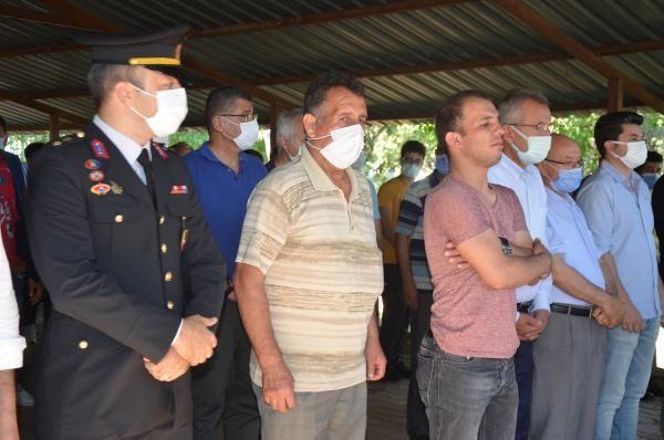 Son dakika haberleri: Kazada hayatını kaybeden Sözleşmeli Piyade Er Ahmet Esen toprağa verildi