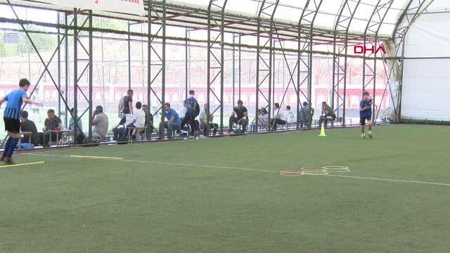 SPOR Diyarbakır'da yetişen futbolcular, yurt dışı kamplarına götürülecek