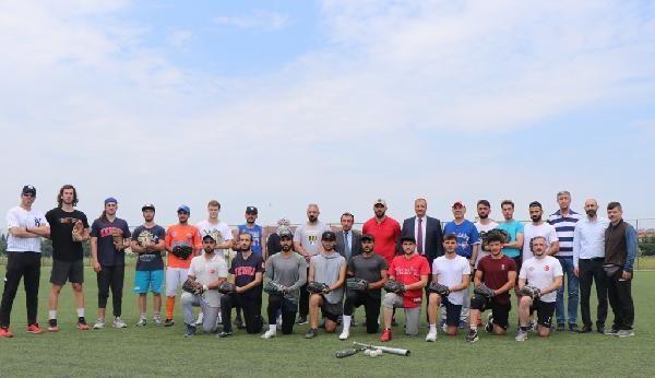 Beyzbol A Milli Takımı, İznik kampında