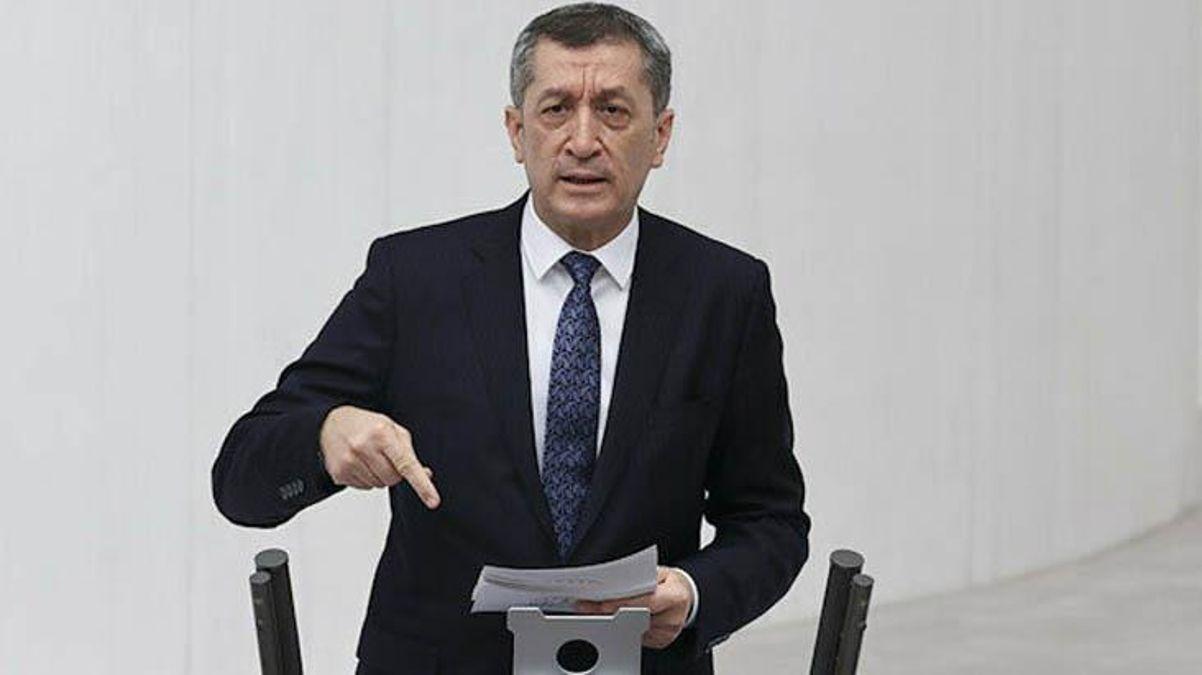 Milli Eğitim Bakanı Selçuk'tan LGS'de aynı soru iddialarına yanıt: Somut veriler ortaya koyulmalı thumbnail