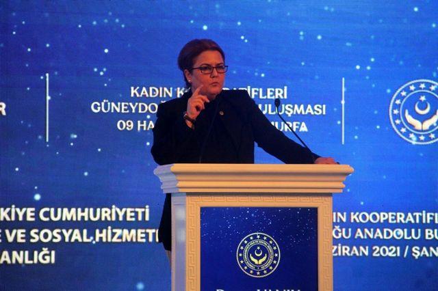 Bakan Derya Yanık, 'Kadın Kooperatifleri Güneydoğu Anadolu Buluşması'na katıldı