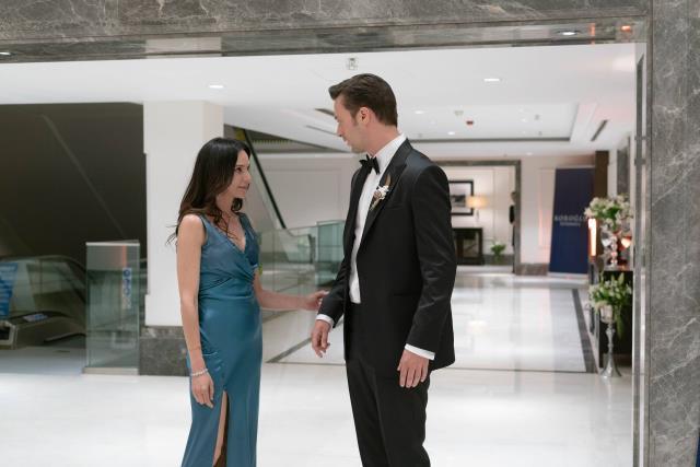 Camdaki Kız'ın sezon finalinden 2. fragman yayınlandı! Sedat, düğününde yasak aşkıyla öpüşüyor