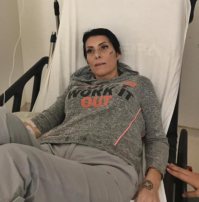 3. kez kansere yakalanan şarkıcı Gülay, vasiyetini hazırlattı
