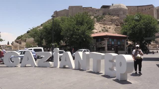 GAZİANTEP - Tarihi ve turistik mekanlarda kısıtlamasız 'cumartesi' yoğunluğu