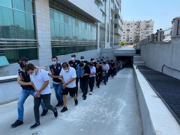 Mersin merkezli 'yasa dışı bahis' operasyonunda 35 tutuklama