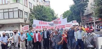 Osman Develioğlu: Pazarcı esnafı, pazar yerlerinin taşınmasını protesto etti