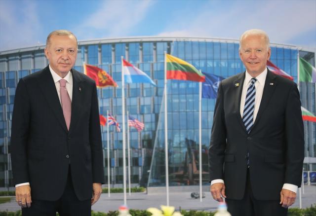 Son Dakika! Cumhurbaşkanı Erdoğan, Biden'la yaptığı görüşmenin detaylarını anlattı: ABD, PKK'ya desteğini sonlandırmalı