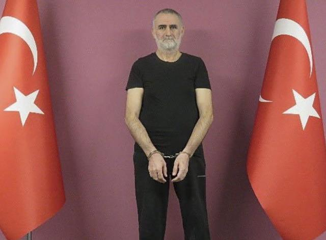 Son Dakika: Kırmızı kategoride aranan DEAŞ'ın sözde Türkiye vilayeti sorumlusu, MİT operasyonuyla yakalanarak Türkiye'ye getirildi