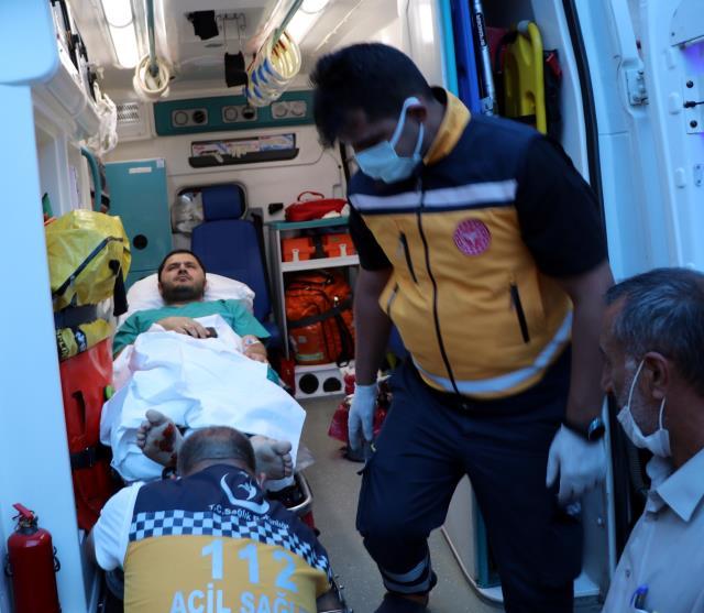 Yaralı doktor ile saldırgan arasındaki boğuşma anı kamerada