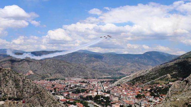 Milli Savunma Bakanlığı, Amasya'daki Türk Yıldızları gösterisinin görüntülerini paylaştı