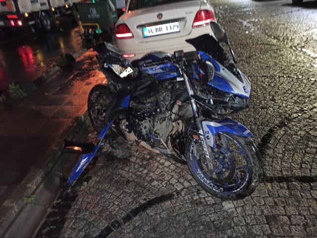 Ticari taksi ile motosiklet çarpıştı, kaza yapan kardeşini gören ağabeyin feryatları yürekleri dağladı