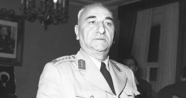 4. Cumhurbaşkanı kimdir? Türkiye'nin dördüncü Cumhurbaşkanı kimdir?