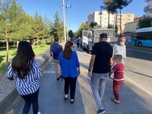 Diyarbakır'da işitme engelli baba, çocuklarına şiddet uygulayan eşini işaret diliyle polise şikayet etti