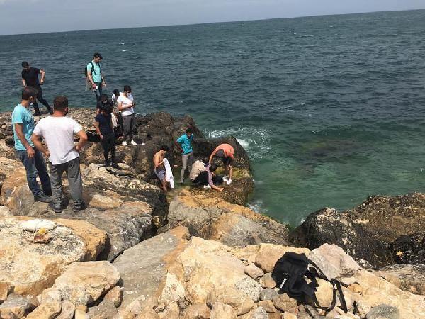 Son dakika haberleri: Selfie çekerken denize düştü, vatandaşlar kurtardı