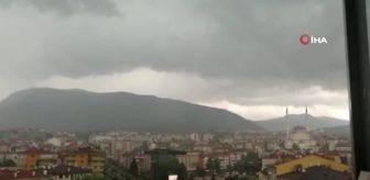 Meteoroloji: Karabük'te yıldırım düşme anını cep telefonu ile kaydetti