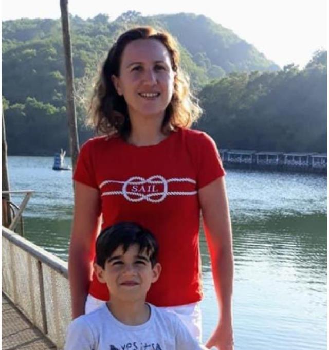 Karısını öldürüp evini ateşe verdikten sonra intihar eden Mehmet Güney'in yangında ağır yaralanan oğlu hastanede hayatını kaybetti