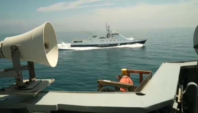Karadeniz'de sular ısınıyor! İngiliz savaş gemisine uyarı ateşi açan Ruslar, şimdi de bombalamakla tehdit ediyor