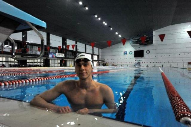 Berkay Ömer Öğretir kimdir? 2021 Tokyo Olimpiyatları yüzücü Berkay Ömer Öğretir kaç yaşında, nereli, hangi takımda?