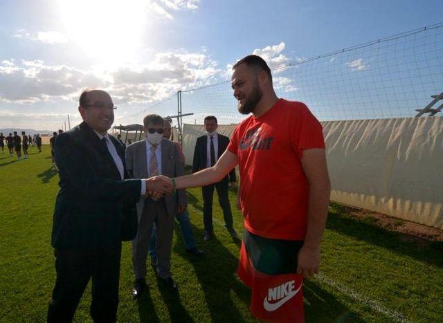 Sırbistan Süper Lig takımı FK Proleter kamp için Sandıklı'yı tercih etti