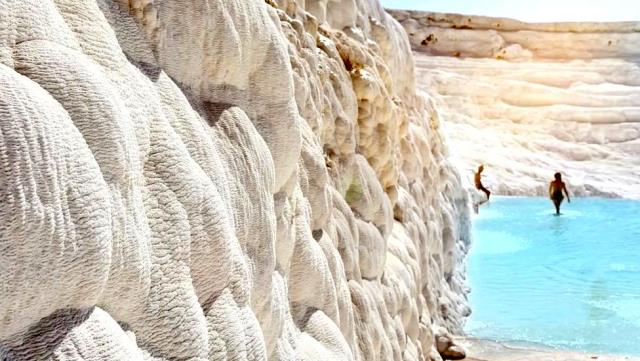The mystery of the 'Gate of Hell opening to the underground' in Pamukkale has finally been solved