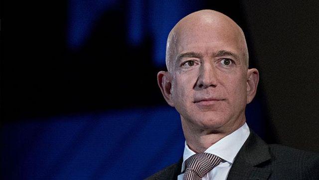 Amazon'da Jeff Bezos devri sona erdi! Resmen görevinden ayrıldı