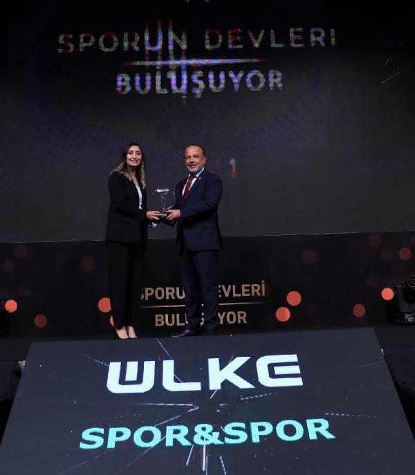 SPOR Sporun en iyileri ödüllendirildi