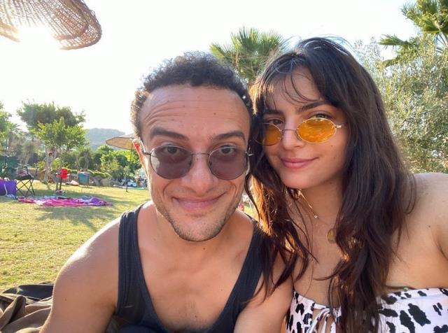 Oyuncu Hamza Yazıcı, sevgilisi Şenay Forbes ile görüntülendi