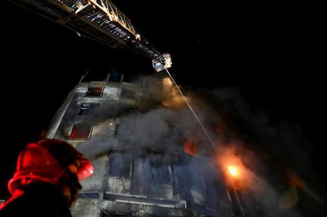 Son Dakika: Bangladeş'te fabrika yangını! En az 50 kişi yaşamını yitirdi