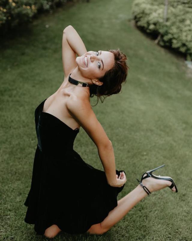 Hilal Altınbilek, Adriana Lima'nın eski sevgilisi Metin Hara'yla sarmaş dolaş yakalandı