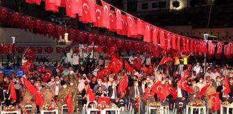 Kefen: Şırnak'ta demokrasi nöbetine binlerce kişi katıldı