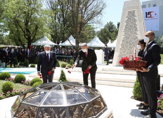 Son Dakika! Cumhurbaşkanı Erdoğan kritik mesajı 15 Temmuz gecesi ilk bombanın düştüğü noktadan verdi: Kimse bu şanlı mücadeleyi önemsizleştiremez