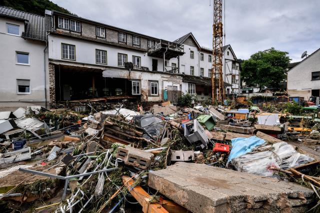 Son Dakika: Almanya'daki sel ve su baskınlarında bilanço ağırlaşıyor! Ölenlerin sayısı 81'e yükseldi