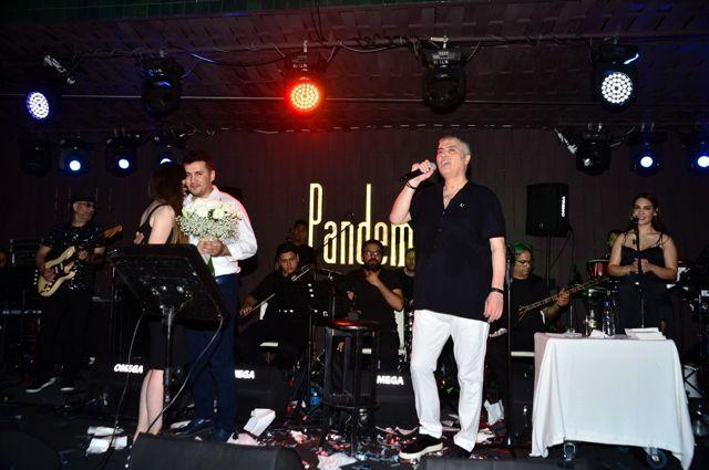 Cengiz Kurtoğlu bir buçuk sene sonra ilk konserini verdi