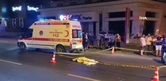 Süleyman Demirel: Kuşadası'nda trafik kazası: 1 ölü