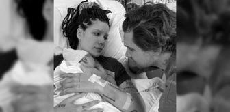 Halsey: Halsey'in Ender bebeği dünyaya geldi