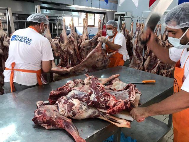 Üsküdar'da ihtiyaç sahibi ailelere 30 ton kurban eti dağıtıldı