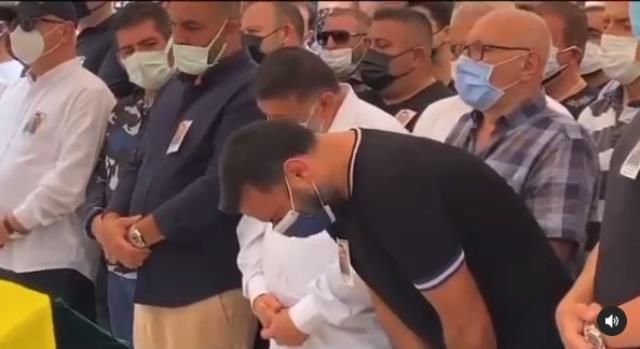 Alişan'ın koronavirüs nedeniyle vefat eden kardeşi son yolculuğuna uğurlanıyor