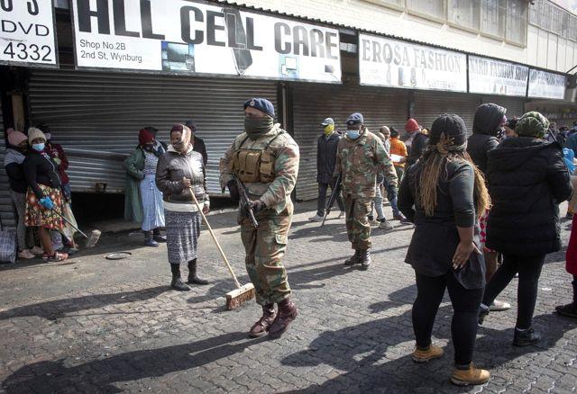 Son dakika haberi: Güney Afrika'daki protestolarda can kaybı 276'ya yükseldi