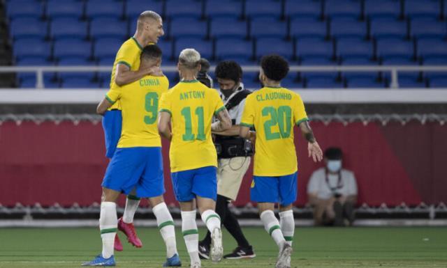 Dünya Kupası tadında maç! Tokyo Olimpiyatları'nda Brezilya, Almanya'yı 4-2'lik skorla geçti